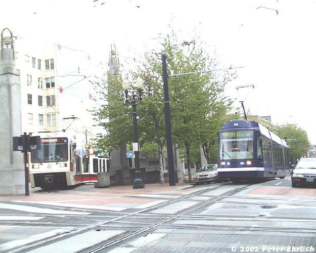 Portland MAX LRT and streetcar