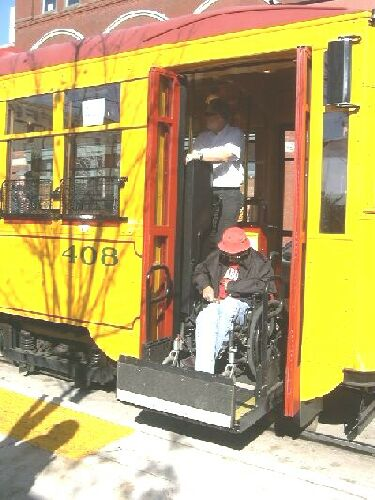 Little Rock streetcar, boarding wheelchair