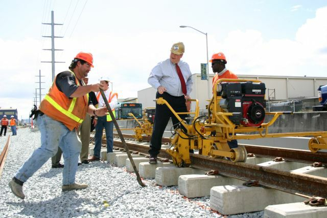 Seattle LRT tracklaying
