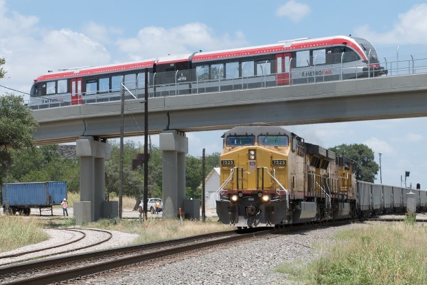Austin S Capital Metrorail Returns Rail Transit To Central